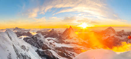 Sunset seen from Margherita Cabin at Monte rosa with a beautiful panoramic view over the Matterhorn Imagens - 91179791