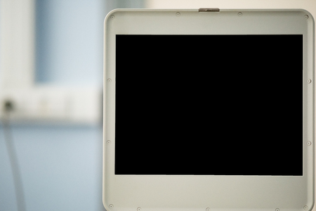 Black screen of the ultrasonic device, there is no image on the monitor.