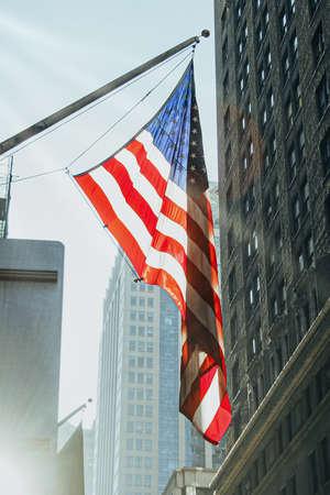 flag hung from the mast on Manhattan Avenue. Фото со стока