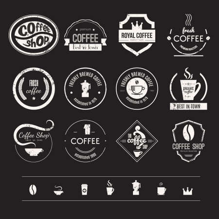 Vector set di coffee shop, ristorante o bar di design elementi con tazze e fagioli. Nastri, forme cerchio, lables, insegne con caffè elementi correlati. Distintivi di qualità vintage e retrò stile. Archivio Fotografico - 35270454