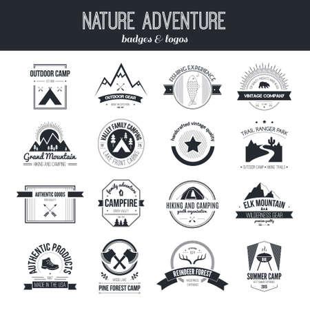 insignias: Conjunto de acampar vintage y actividades al aire libre