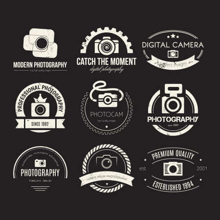 写真のロゴのテンプレートのベクター コレクション。Photocam のロゴタイプ。写真ビンテージ バッジとアイコン。モダンなマスメディアのアイコン。  イラスト・ベクター素材