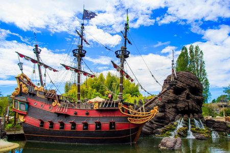 Pirates of the Caribbean Ship at Disneyland Paris. Photo stock.