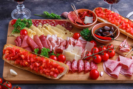 Closeview of traditional spanish tapas or italian antipasti Foto de archivo