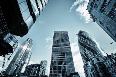 ロンドン市内の高層ビル