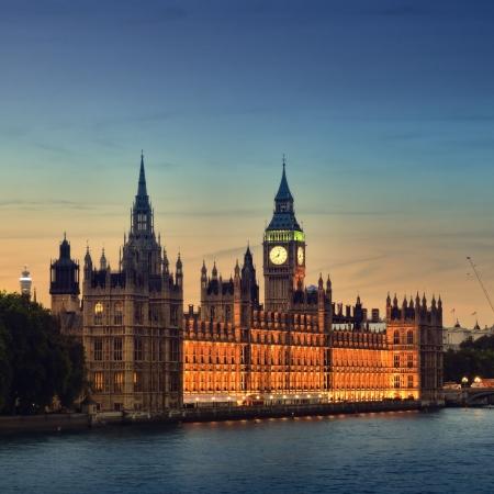 Huizen van het Parlement in de nacht, Londen. Stockfoto
