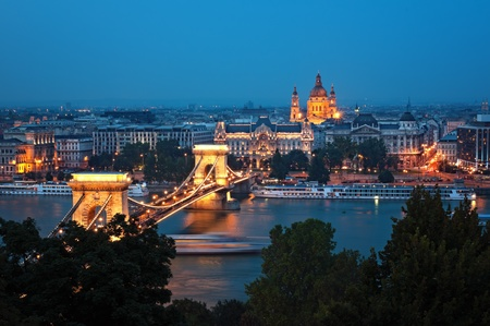 budapest: View of Chain Bridge and St. Stephen Stock Photo