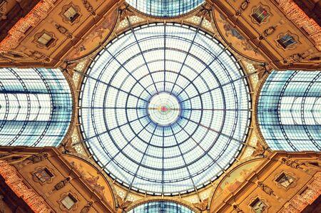ミラノのガレリア ヴィットリオ エマヌエーレ 2 世。 写真素材