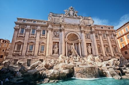 rome italie: Fontaine de Trevi (Fontana di Trevi) � Rome - Italie. Banque d'images