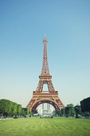 フランス、パリのエッフェル塔。 報道画像