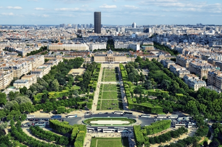 View on Paris from the Eiffel Tower  Редакционное