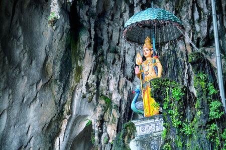 cueva: Diosa hindú en las cuevas de Batu, Kuala Lumpur - Malasia Editorial