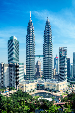 elevated walkway: Petronas Towers and KLCC Park in Kuala Lumpur  Editorial
