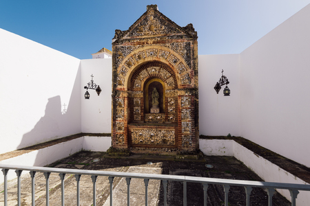Faro - Portugal, April 4, 2018:The Bone Chapel at the Se Cathedral (Cathedral of Faro) in the Old Town , Faro, Algarve, Portugal. Foto de archivo - 111377971