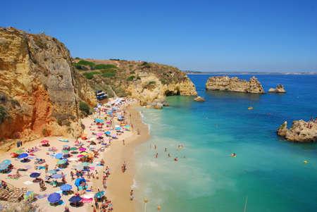 ドナ アナ ビーチ、ポルトガルのアルガルヴェ海岸 写真素材