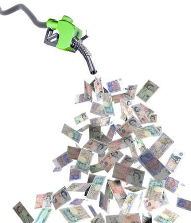 pompe: ugello di carburante con sterlina banconote illustrazione 3d