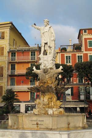 Santa Margherita Ligure, Italy 04-12-2011 Statue of Christopher Columbus on the waterfront in Santa Mergherita, a coastal city on the Italian Riviera. Редакционное