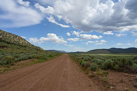 The rugged, unimproved road to Toroweap in Grand Canyon National Park, Arizona. 版權商用圖片