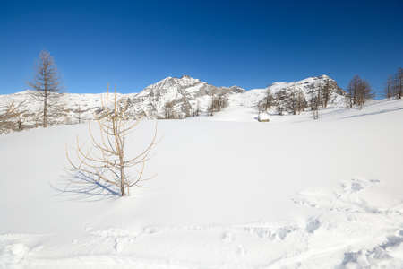 Amazing winter landscape high in the italian Alps Stock Photo - 18424700