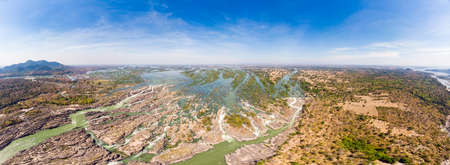 Aerial panoramic 4000 islands Mekong River in Laos, Li Phi waterfalls, famous travel destination backpacker in South East Asia 版權商用圖片