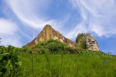 Guildford �mergents ch�teau de la colline