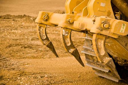Excavatrice de serrage et de pistes couvertes de boue. Close up.