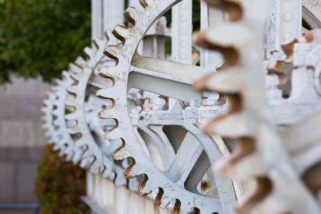 pull up: Close-up of the cog wheels used to pull up the water gates at Genevas Pont de la machine which served for water level regulation and electricity production in the 19th and 20th centuries