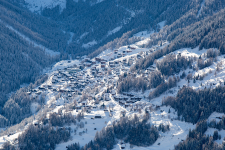 valais: Aerial view of Grimentz, a mountain village and ski resort located in the Val dAnniviers, canton of Valais, Switzerland. Stock Photo