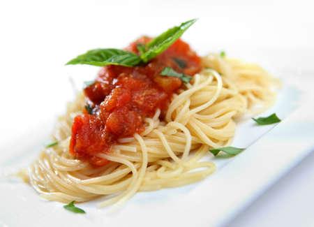 maccheroni: SPAGHETTI WITH TOMATO