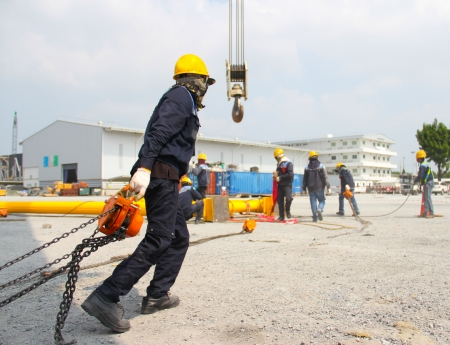 atmosphere construction: Atmosphere in the construction and installation of crane.