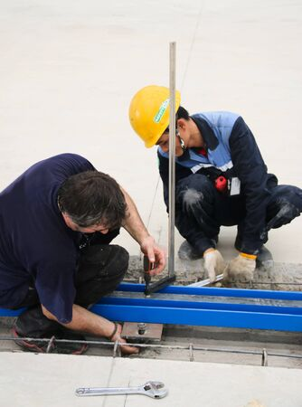 atmosphere construction: Working atmosphere in the construction, installation and safety of rail crane industrial.