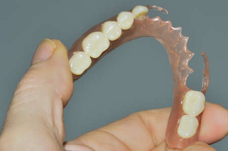 monomer: Removable dentures flexible, devoid of nylon, hypoallergenic exempt from monomer, demonstration of flexibility
