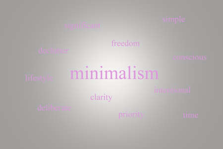 Illustration of an infographic about minimalism on a gray background with pink words Stok Fotoğraf