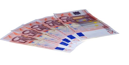 payout: Cinco cincuenta euros de los billetes de banco del excedente de fondo del blanco
