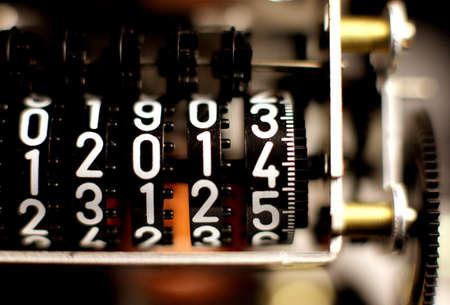 metro de medir: contrarrestar con el nuevo a�o 2014 en el metro de medici�n numerador