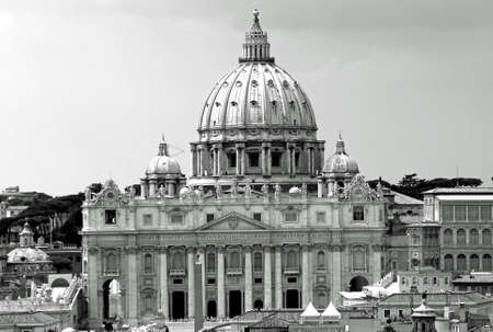 st  peter s square: great dome of the Church of San Pietro in Vaticano