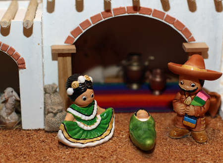 presepe: manger with the Holy Family in Mexican version with sombreros 2