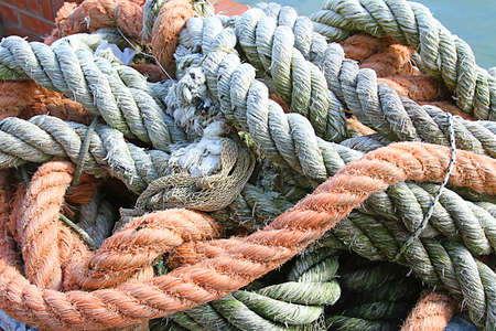 sturdy: Sturdy hemp rope and nylon for sea fishermen in the harbour area Stock Photo