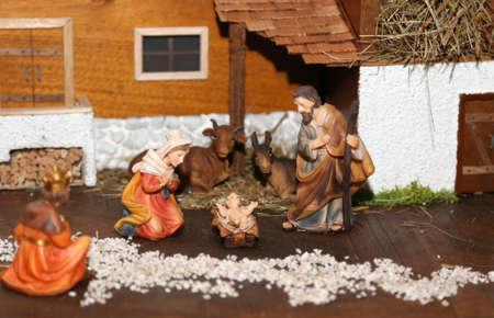 heilige familie: Statuen der Krippe mit der Heiligen Familie traditionellen neapolitanischen Stil Lizenzfreie Bilder