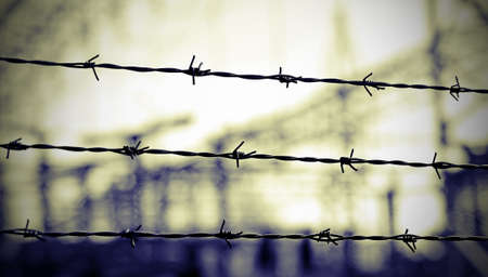 not open: barbed wire to demarcate the border does not open Stock Photo