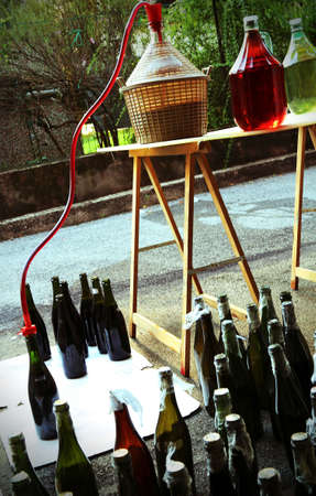 carboy: bottling wine from the Carboy bottles