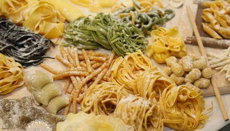 ravioli and italian spaghetti homemade and other size fresh pasta