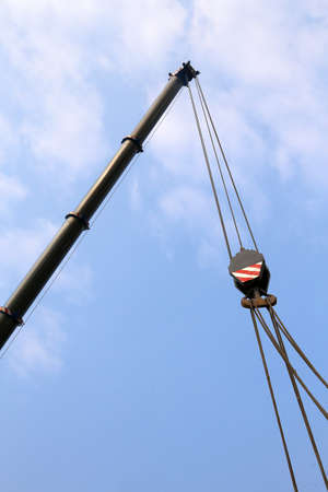 uplift: giant pulley with sturdy steel cables to lift heavy loads Stock Photo