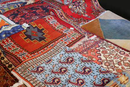 trabajo manual: antigua pint� alfombras de lana hechos a mano Foto de archivo