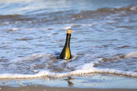 conceptual maps: Secret Message in the glass bottle in the sea 6