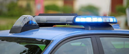 outcry: technological blue flashing of the police car during the checkpoint to check motorists