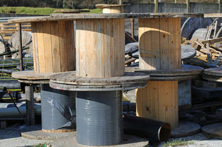landfills: wooden reels for electrical cables in landfills for recyclable material