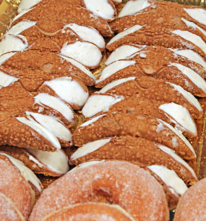 cannoli pastry: Sicilian pastry with cannoli cream made with the typical curd cheese