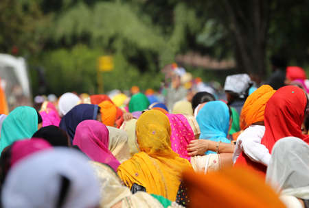 kameez: people Sikh with headscarf during the event in the city