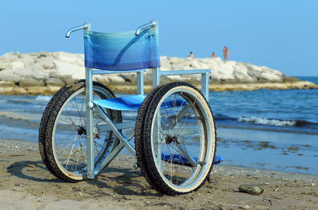 wheelchair with aluminum tubes to enter into the salt sea without any problems